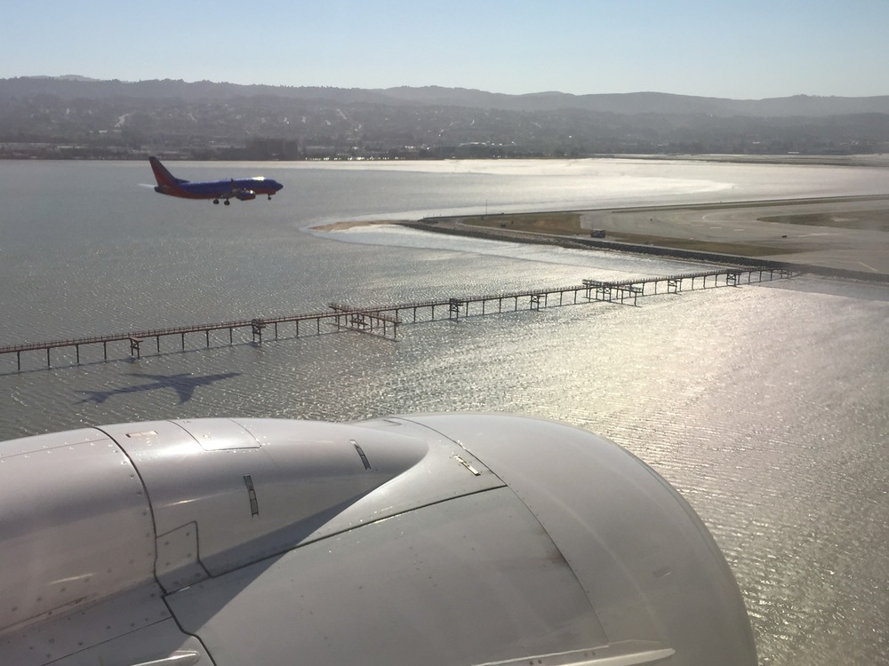 On the way in to SFO - tandem landing.