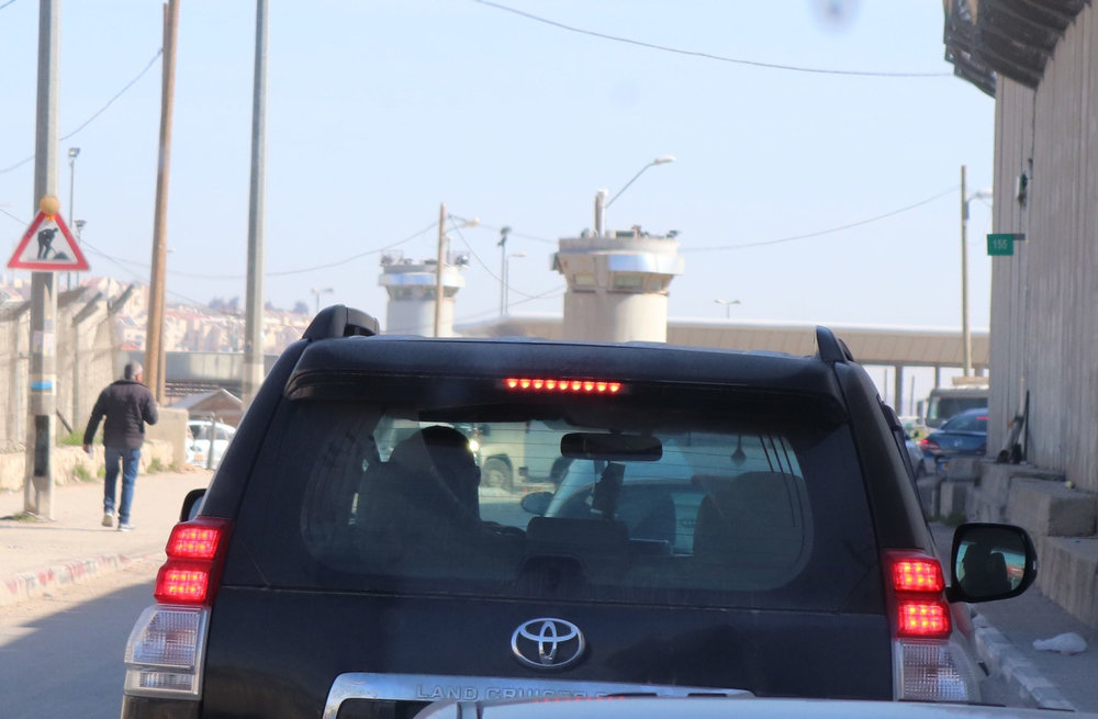 checkpoint+approaching+in+car.jpg