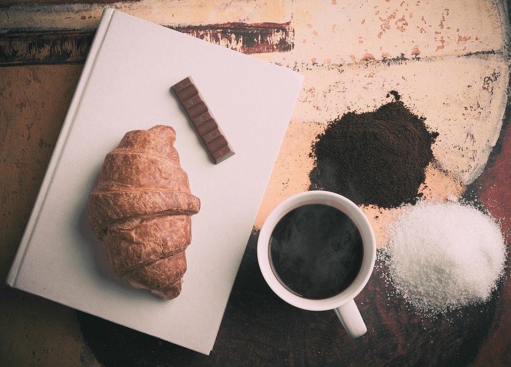 croissant-690646_1920.jpg