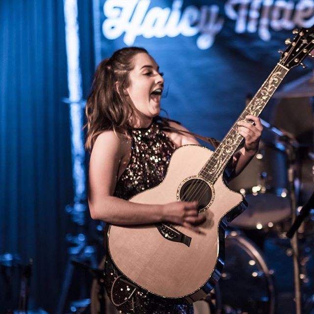 That face you make when its OFFICIALLY CMA FEST WEEK!!! So excited to perform for the first time on the @cma Spotlight Stage this Friday, June 8th, at 12:30pm. I'll be the one in the sequins. See you there!!! 🤠