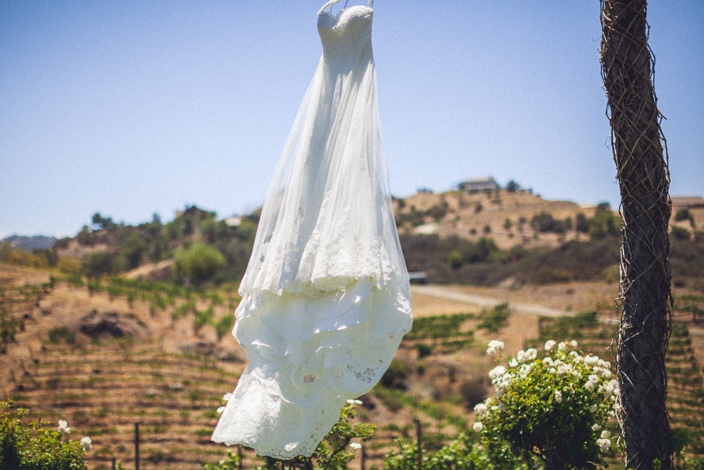 saddlerock-ranch-wedding-photo-03.jpg