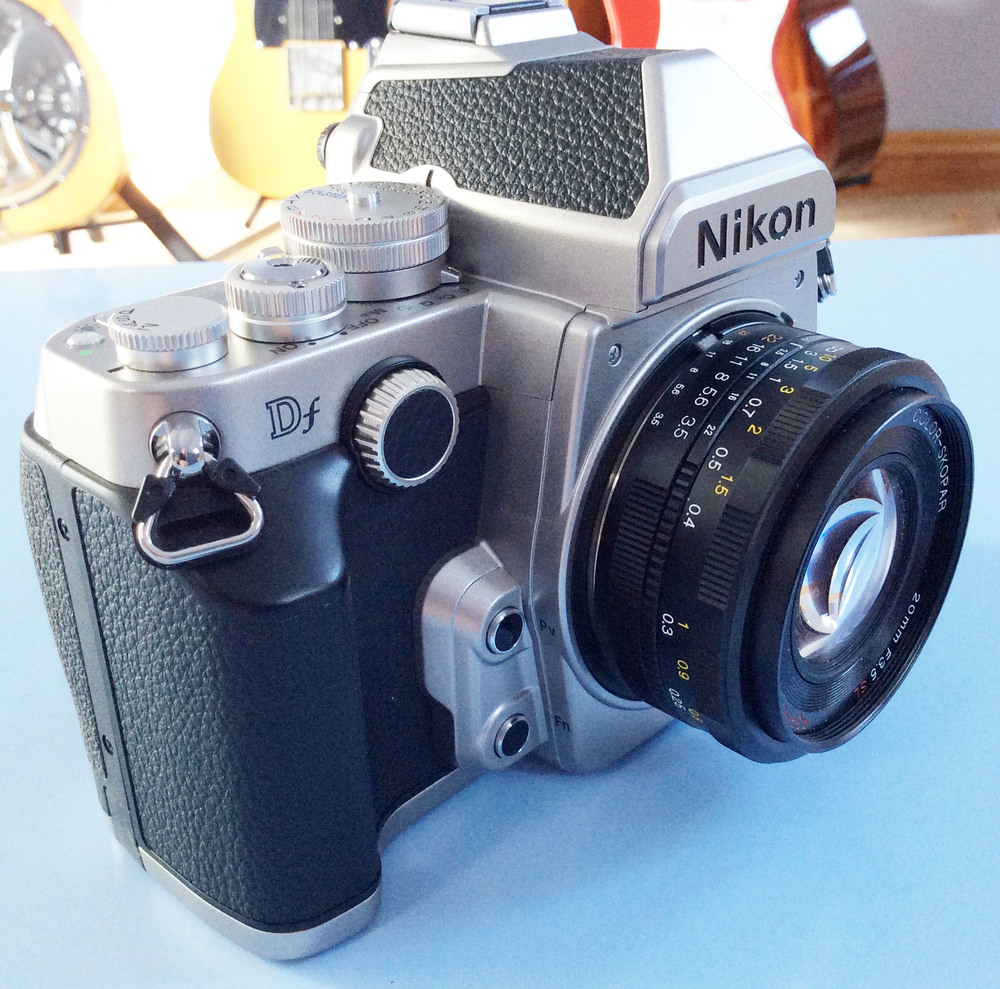 Nikon Df Voigtlander 20mm