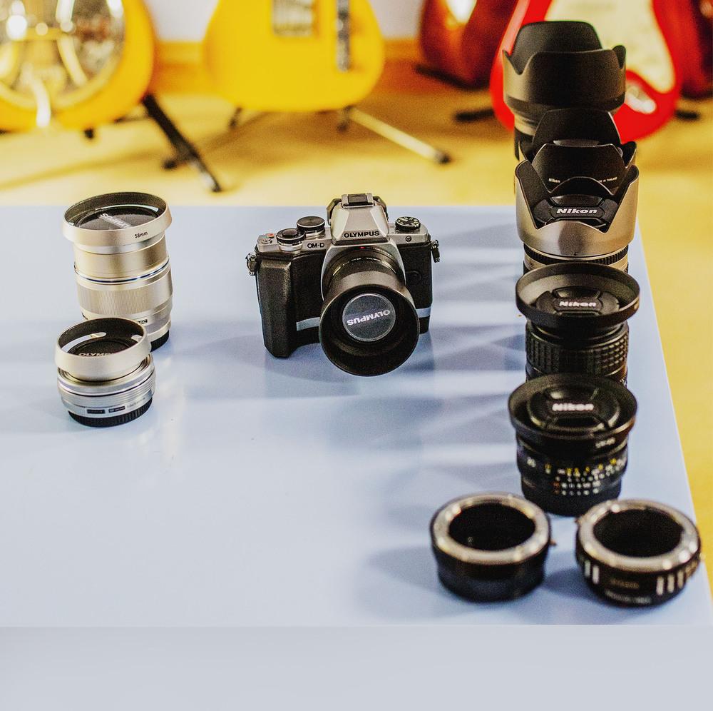 Olympus OM-D E-M10,M.Zuiko 14-42mm EZ electronic pancake zoom lens,Olympus M.ZUIKO DIGITAL ED 75mm 1/1.8 LensOlympus M.ZUIKO DIGITAL ED 45mm 1/1.8 Lens
