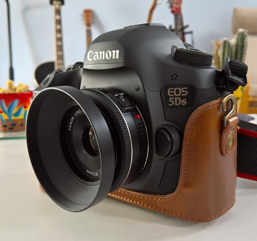 Canon 40mm f/2.8 Full Frame \'pancake\' lens — Soundimageplus