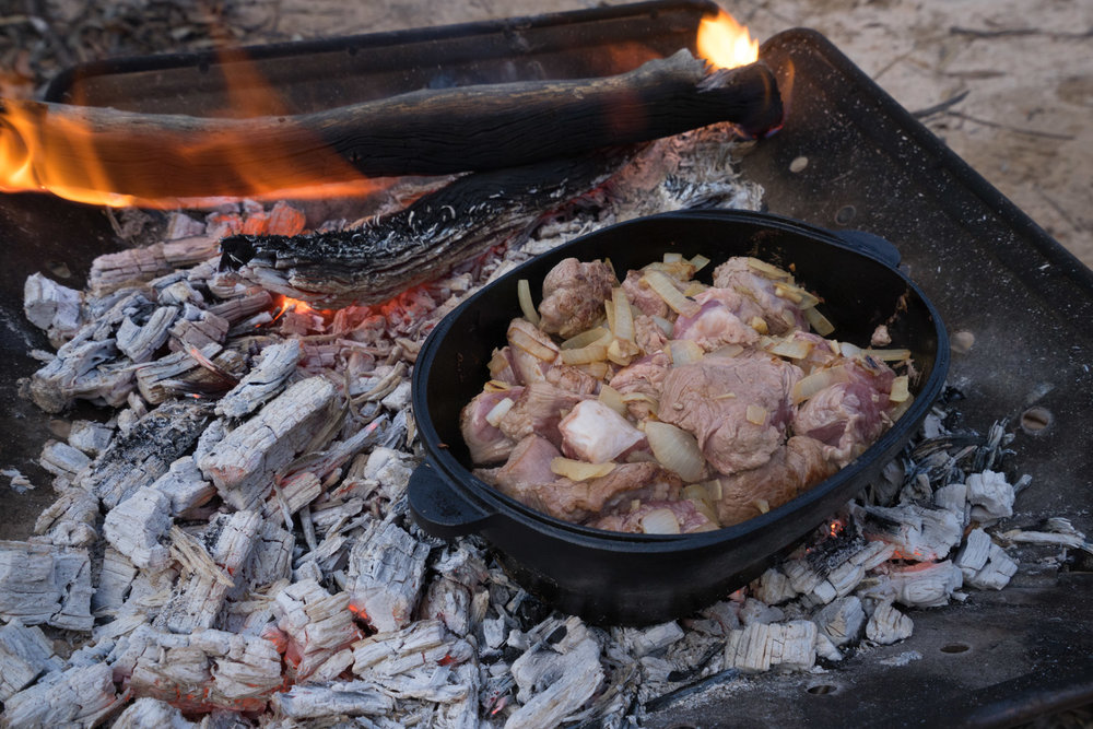 CAMPERS PANTRY WOOD FIRED LAMB AND VEGETABLE STEW