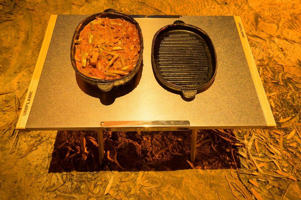 Snow Peak Micro Oval Cast Iron Oven