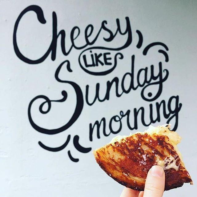 Cheese to that! 🧀⠀ ⠀ Posta: @jemmaelise