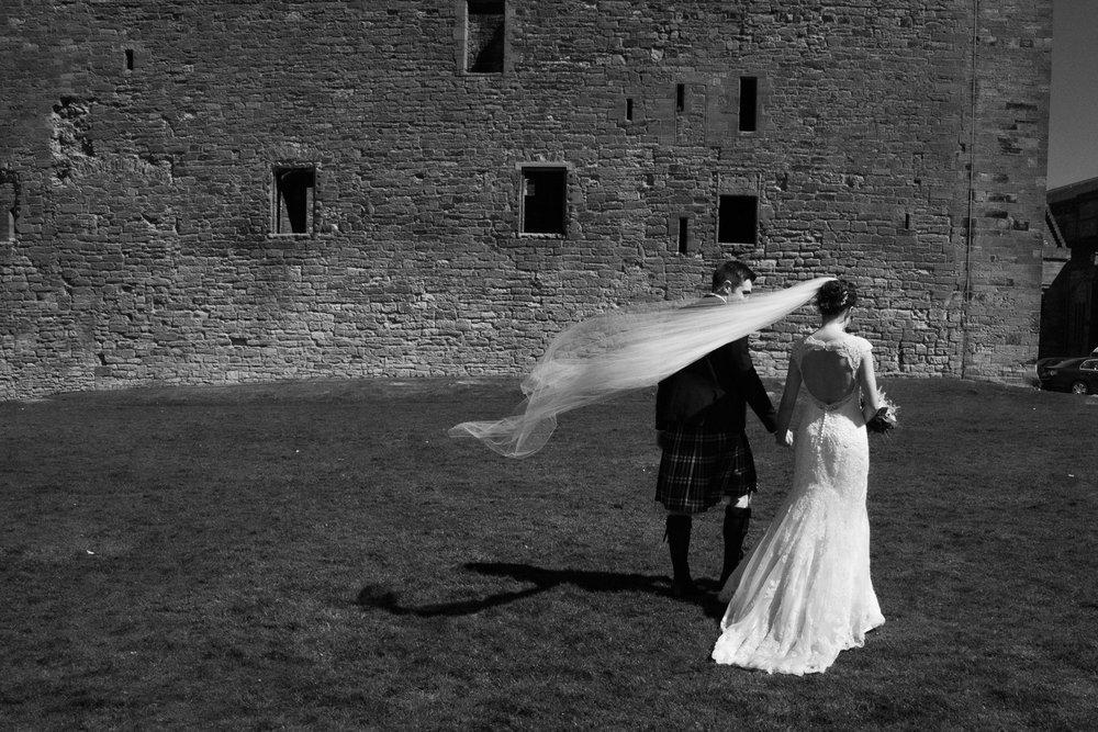 Wedding Photographer Edinburgh - Linlithgow