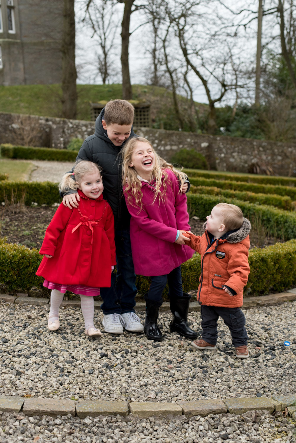 Family Photo Shoot In Dunfermline - cousins together
