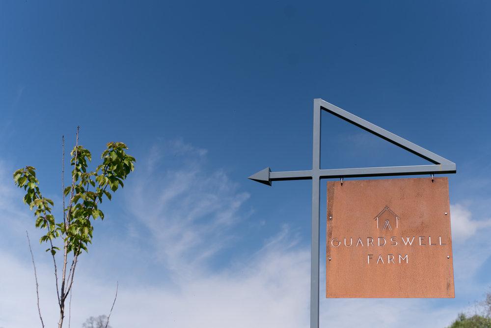 Guardswell Farm - Sign