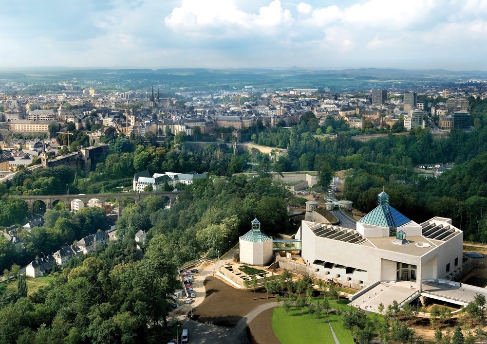 Air-View-on-Museum-of-modern-Art-and-city-skyline.jpg