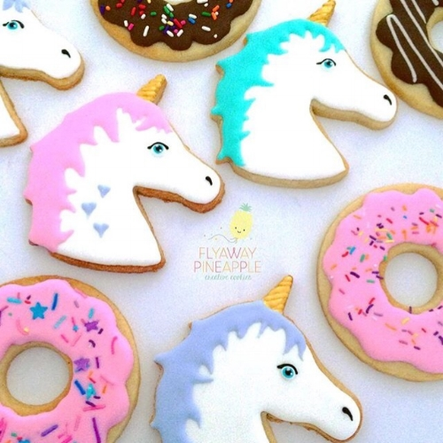 Gorgeous unicorn cookies from Flyaway Pineapple