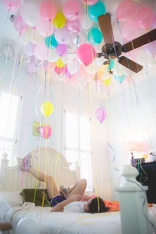 room with balloons