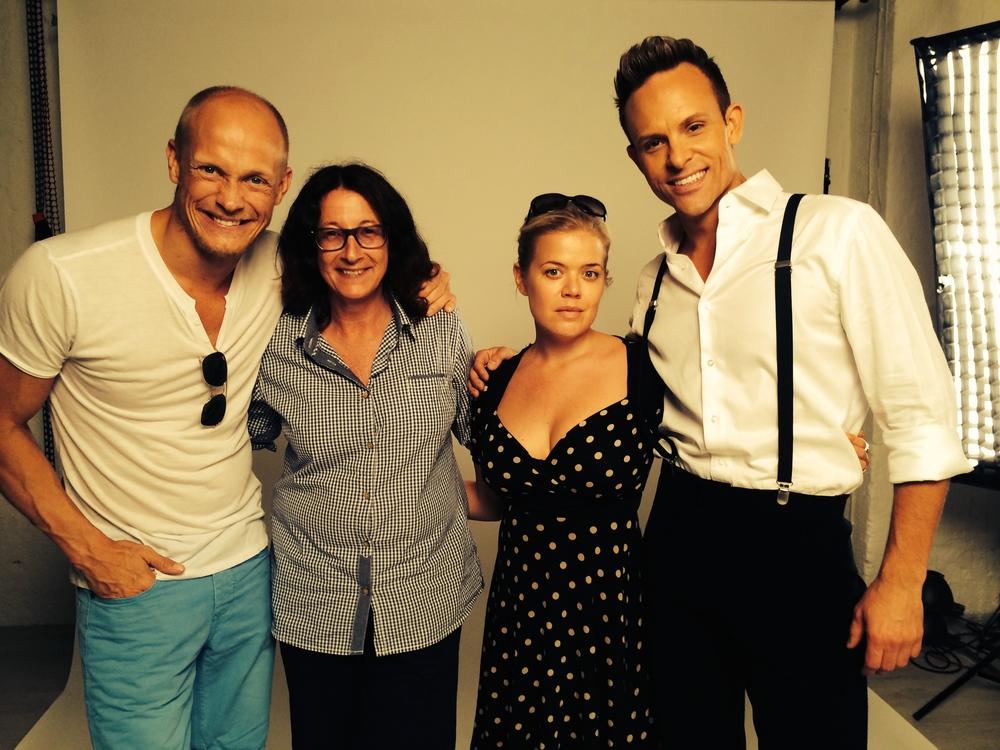 Fotografen karin Törnblom, make up av Maria Persson och en glad Björn Törnblom