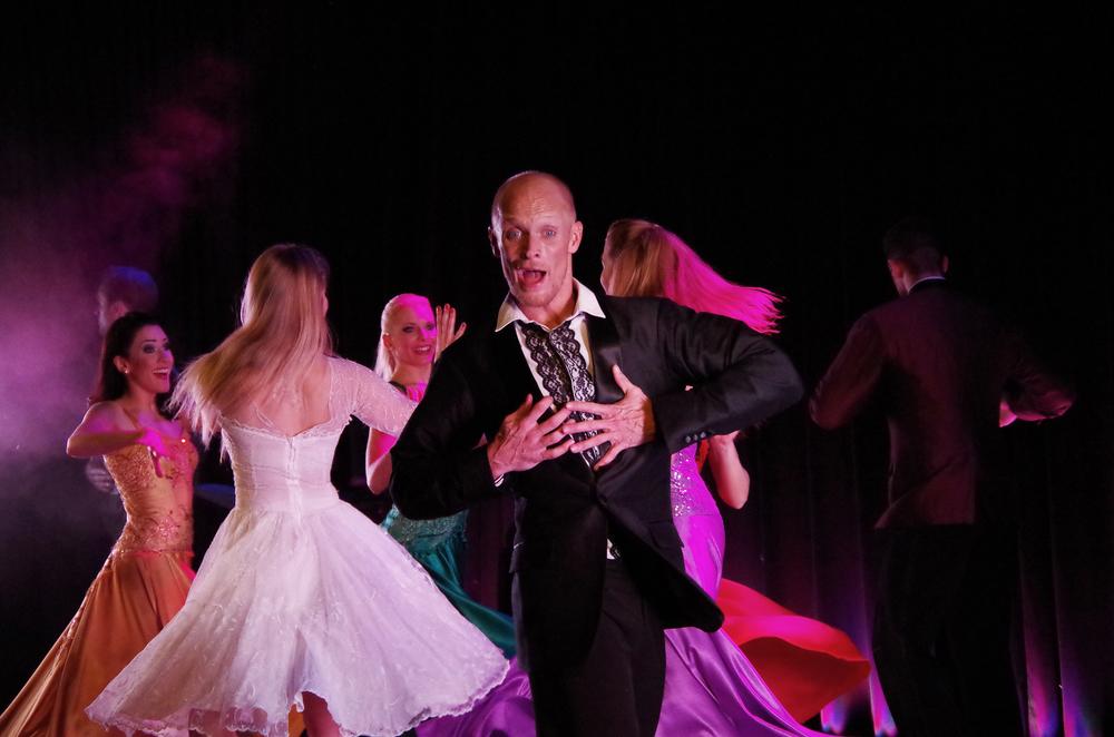 En dans på rosor 38.jpg