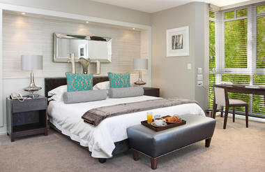 Fancourt_Luxury_room_overlooking_warm_up_area1.jpg