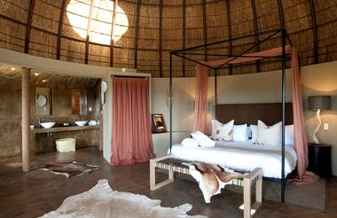 kwena honeymoon suite.JPG