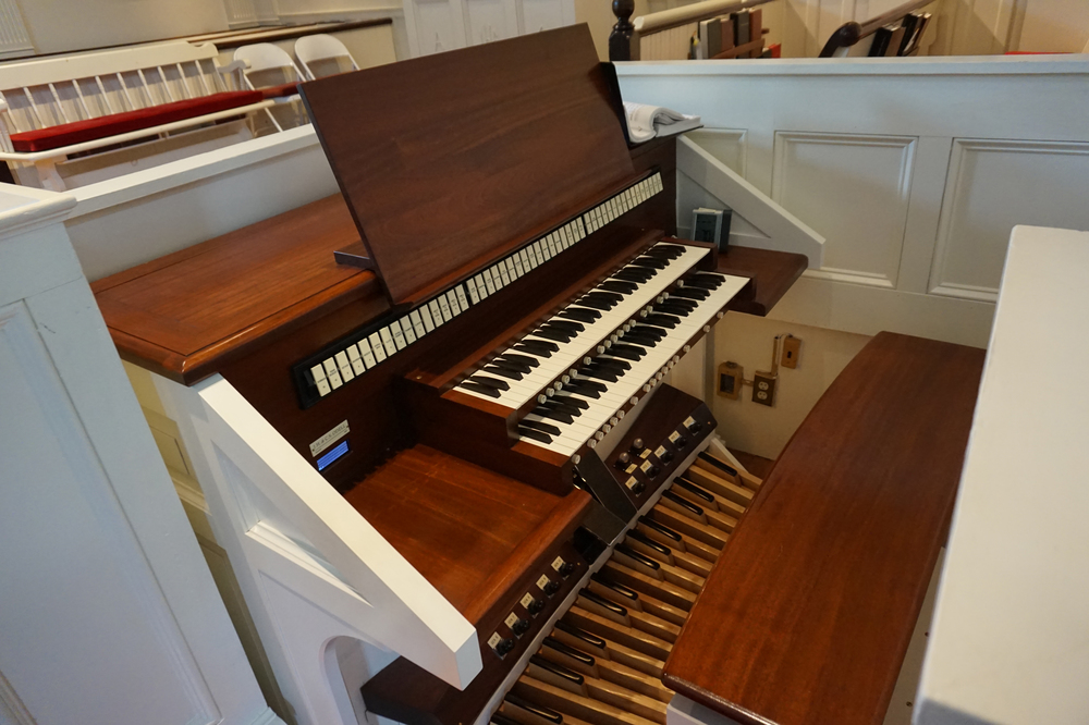 Closeup: organ console