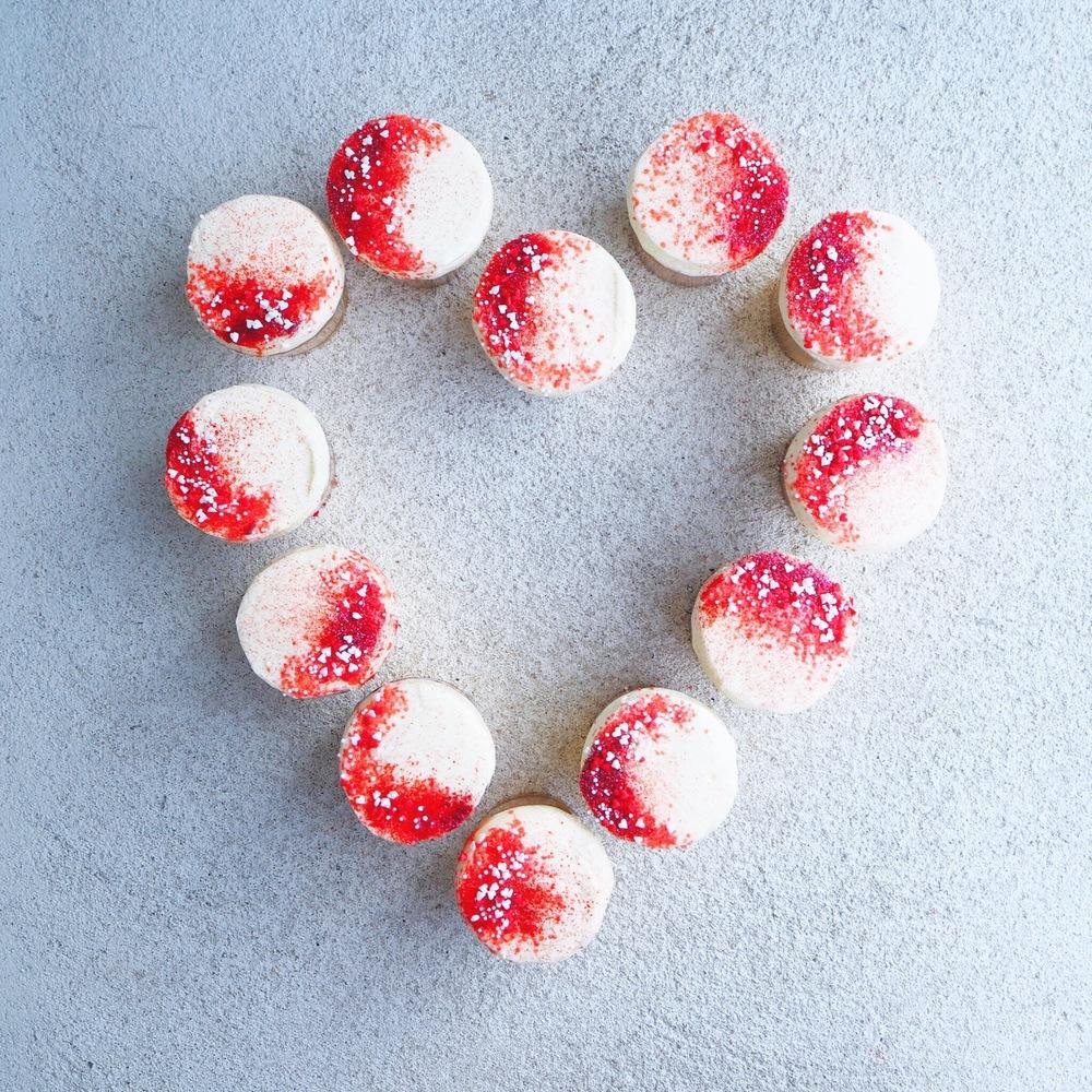 red velvet cupcakes | mrtimothyjames