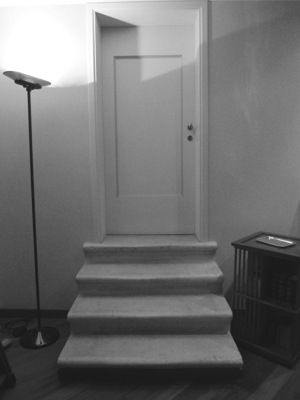 Accesso alla camera - Prima dell'intervento di ristrutturazione e restyling - Venezia