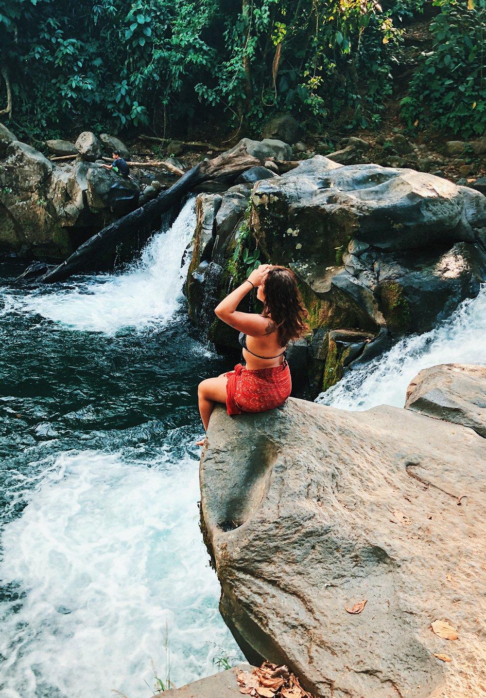 ambarjanuel_costarica_digitalnomad_lafortuna_arenal_travelblogger_ambar_puravida16.jpg