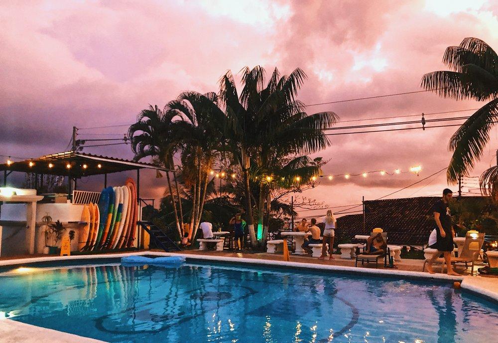 ambarjanuel_costarica_digitalnomad_selinahostels_manuelantonio_travelblogger_ambar_puravida8.jpg