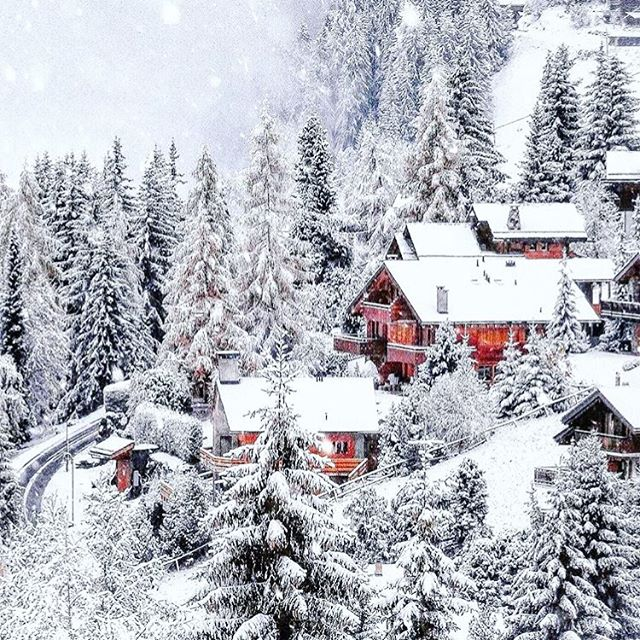 Dreaming of snowy Switzerland ❄️ cc: @sennarelax