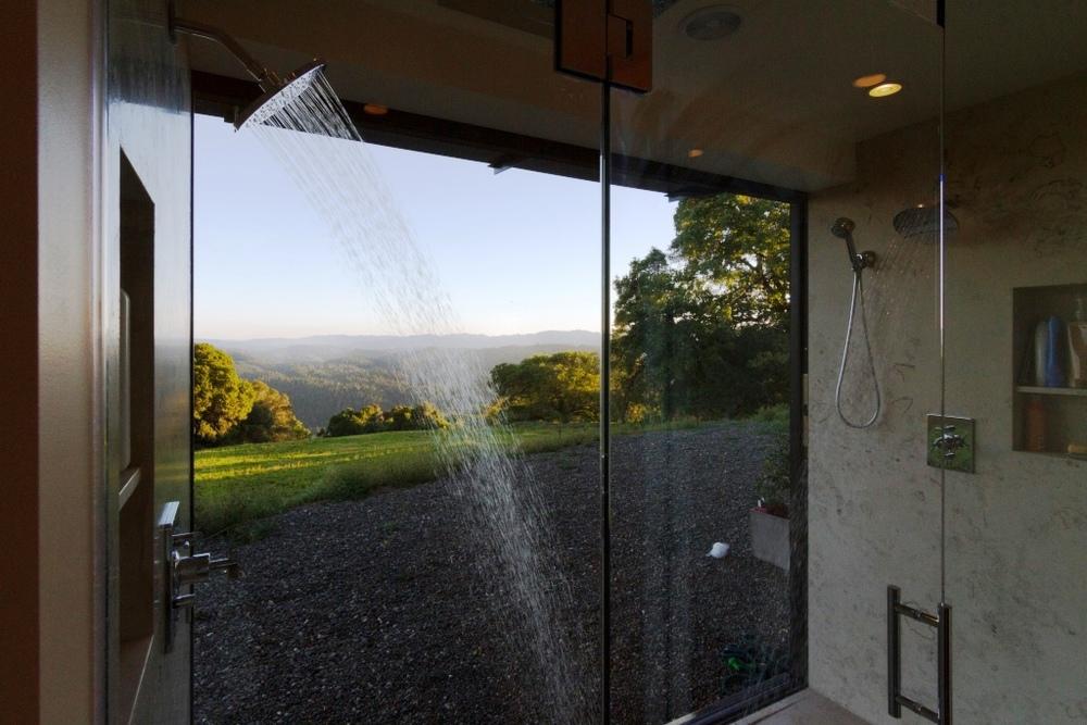 08_Shower.jpg