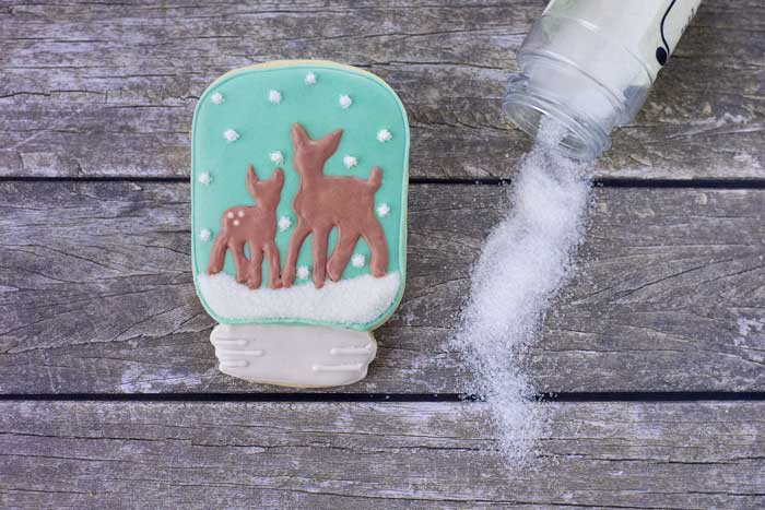 © Mason Jar Snow Globe Cookie