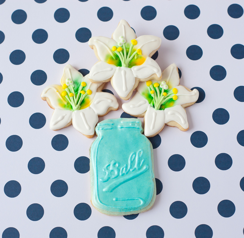 © Easter Lily Cookies