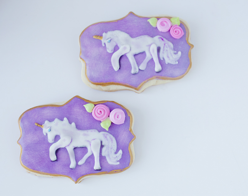© Unicorn Plaque Cookie