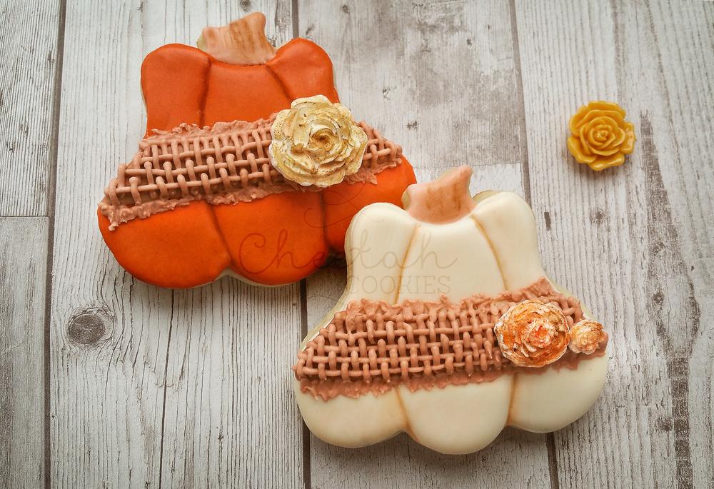 © Burlap Pumpkin Cookies