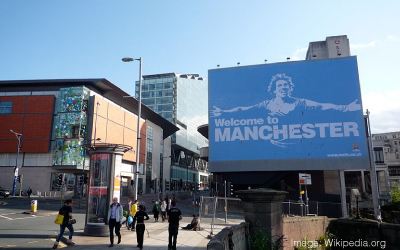 Carlos Tevez: Welcome to Manchester