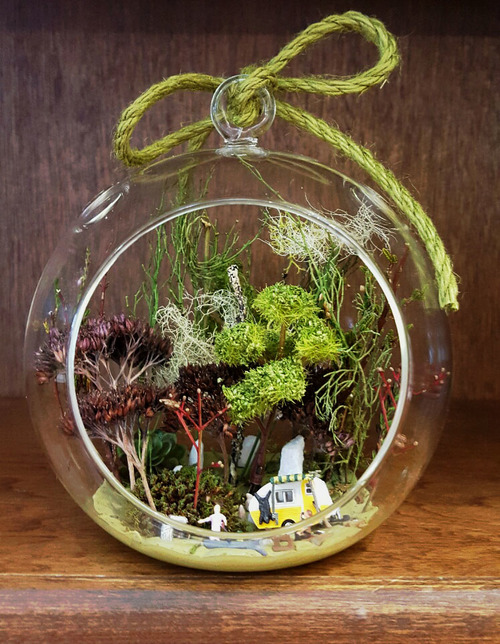 Sold 5 25 Trailer Trash Glass Hanging Orb Scenic Terrarium