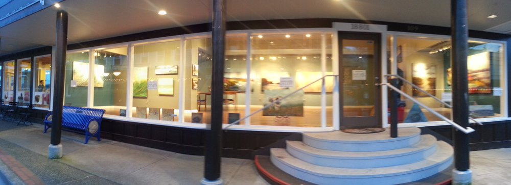 Entrance to Carrie Goller Gallery, Poulsbo
