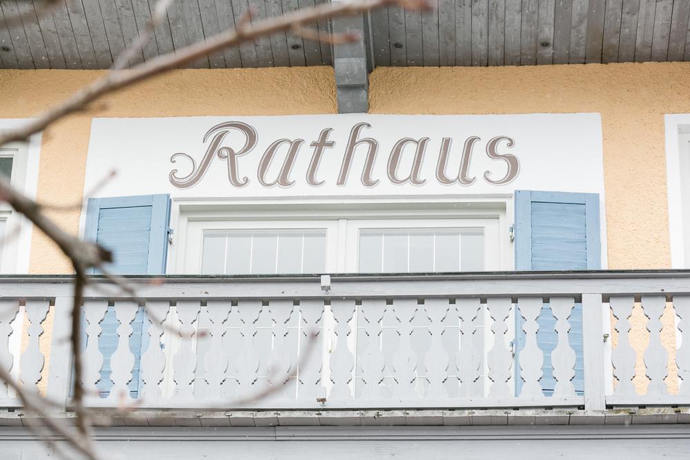 tegernsee-hochzeitsfotograf-rathaus-standesamt.jpg