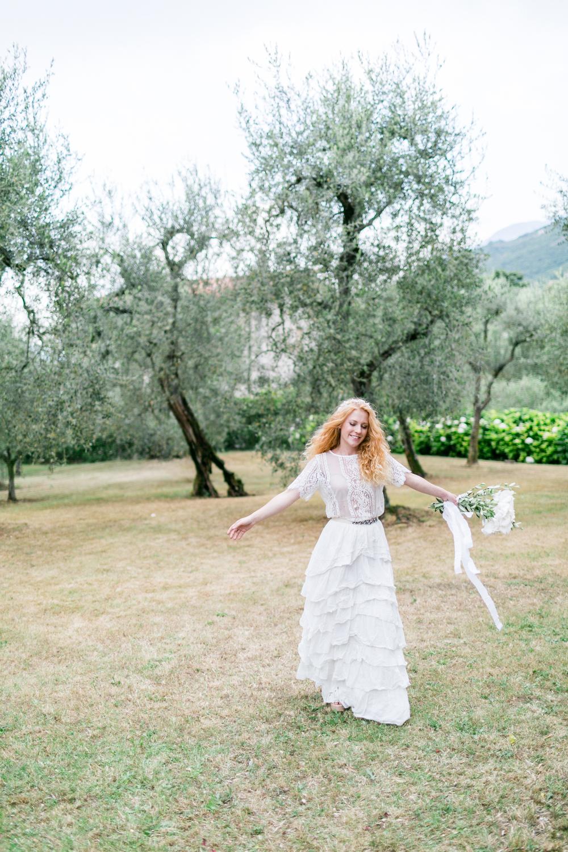 7-braut-tanzen-italien-gardasee-hochzeitsfotograf_muenchen-susanne_wysocki.jpg