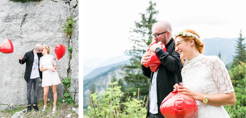 kampenwand-standesamt-hochzeit-hochzeitsfotograf-muenchen-ballons.jpg