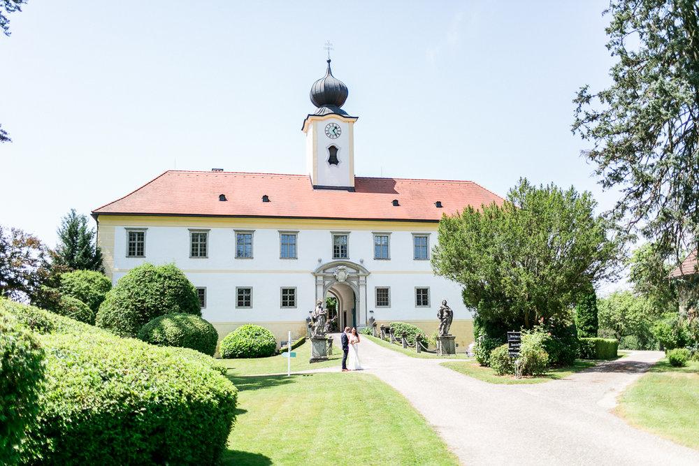 muenchen-oesterreich-hochzeitsfotograf-schloss-altenhof.jpg