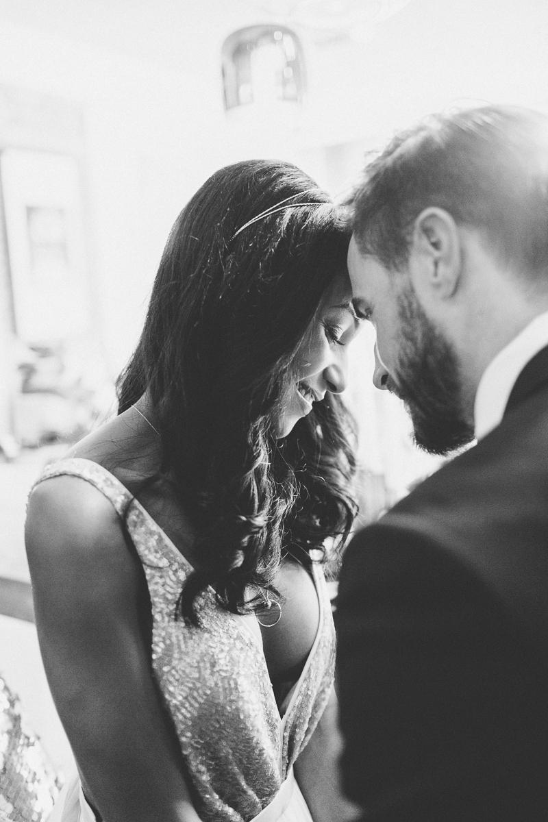 brautpaar-paarshooting-shooting-braut-brautkleid-muenchen-hochzeitsfotograf-shooting-trier-luxemburg-marriage-wedding-inspiration-spinnerei-kolbermoor.jpg