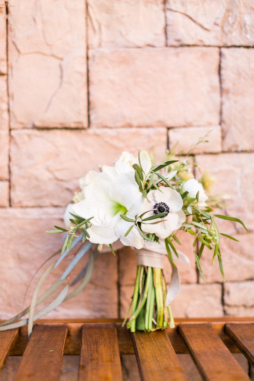 las_vegas-coupleshoot-brautpaar-paarshooting-blumen-brautstrauss-hochzeit-wedding-marriage-hochzeitsfotograf-muenchen-luxembourg-trier.jpg