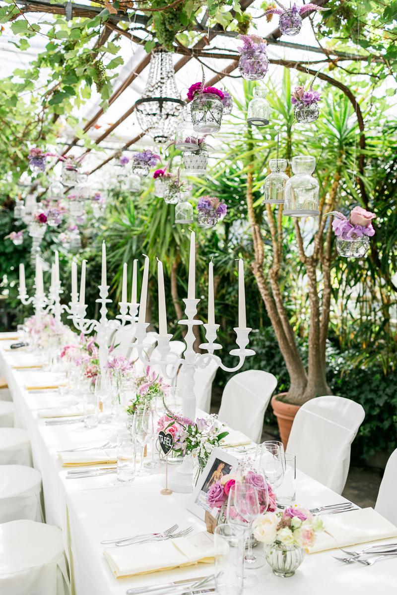 alte_gaertnerei-braut-brautpaar-deko-blumen-hochzeit-wedding-marriage-hochzeitsfotograf-muenchen-luxembourg-trier.jpg