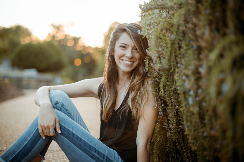 Oakland Cemetery, Atlanta Senior Portrait Photographer