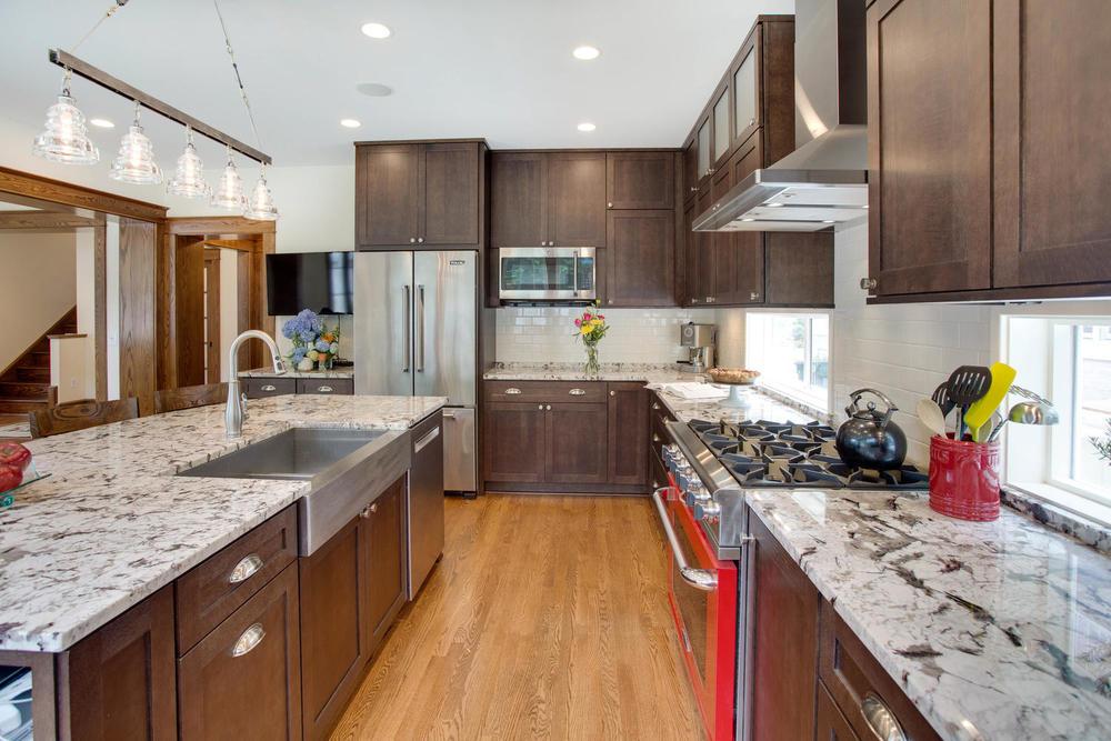 506 Russell Rd Alexandria VA-large-021-Kitchen-1500x1000-72dpi.jpg
