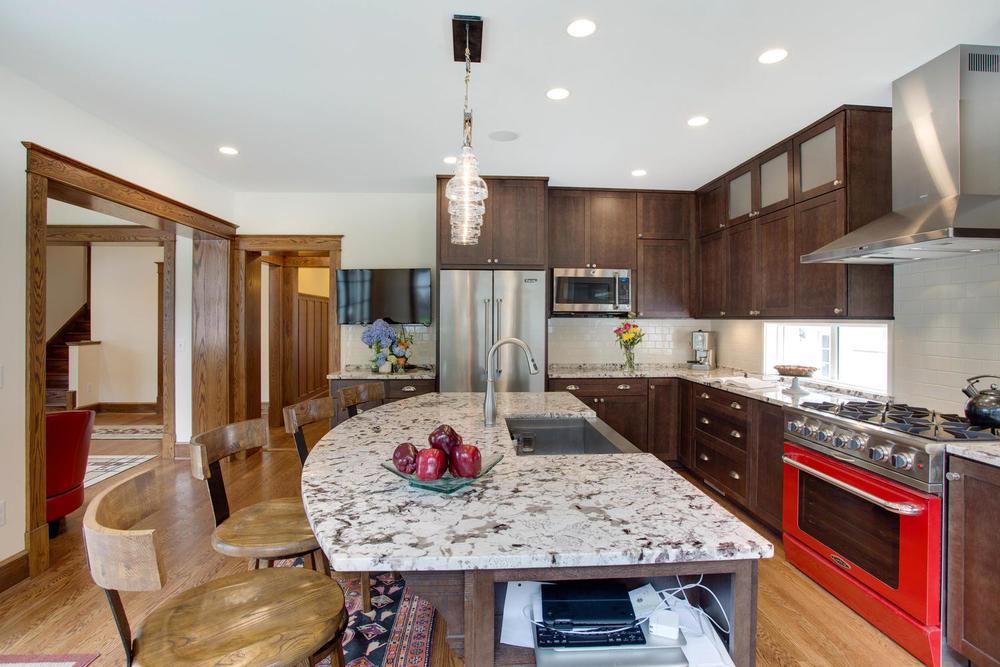 506 Russell Rd Alexandria VA-large-019-Kitchen-1500x1000-72dpi.jpg