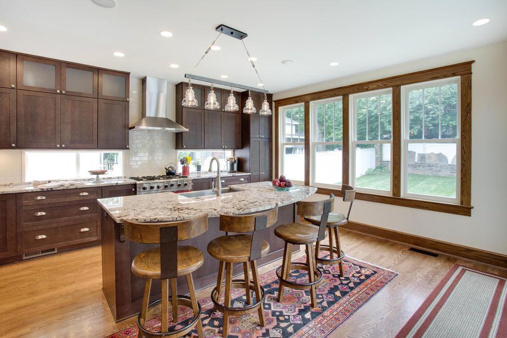506 Russell Rd Alexandria VA-large-013-Kitchen-1500x1000-72dpi.jpg