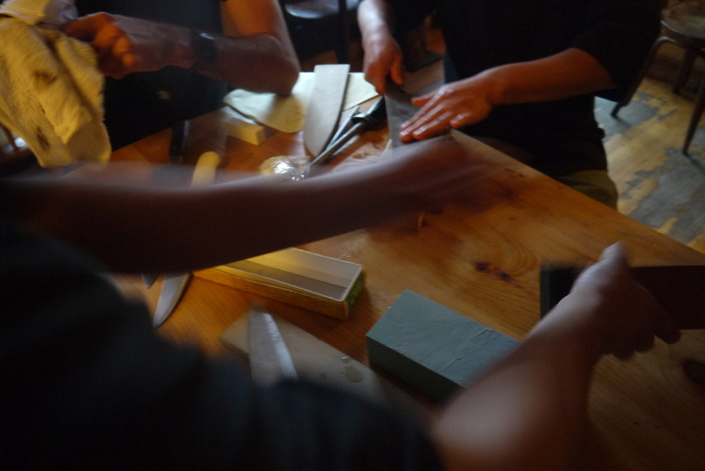 I gave a sharpening lesson at a sushi restaurant in town (Miya's) with the chefs: Xavier, Luis, Memo, and a fourth whose name I never caught. A wonderful hour out of the rain.