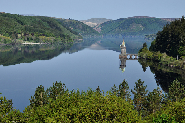 1 hr - Lake Vyrnwy