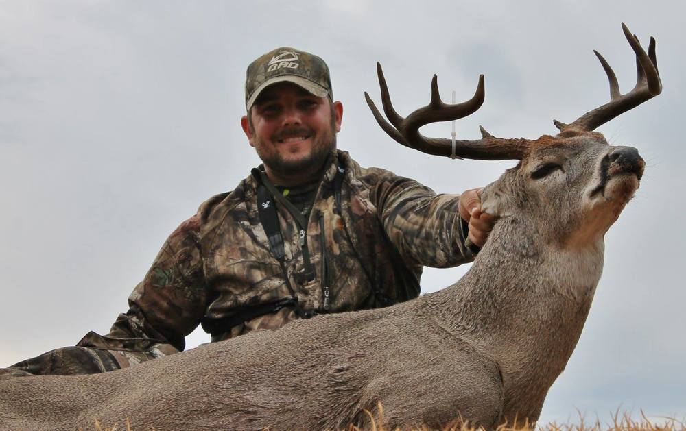 Eric Worley has been on the Final Descent field staffer for one year and is based in Ada, OK. Eric also grew up hunting in western Oklahoma. Eric works in the oil field and will soon be a married man. Eric loves to hunt his home state of Oklahoma but also has been successful hunting other states laying down some good deer in the south. Eric has done a good job getting the most out of the small properties he manages which has led to him being able to harvest some great deer over the years.