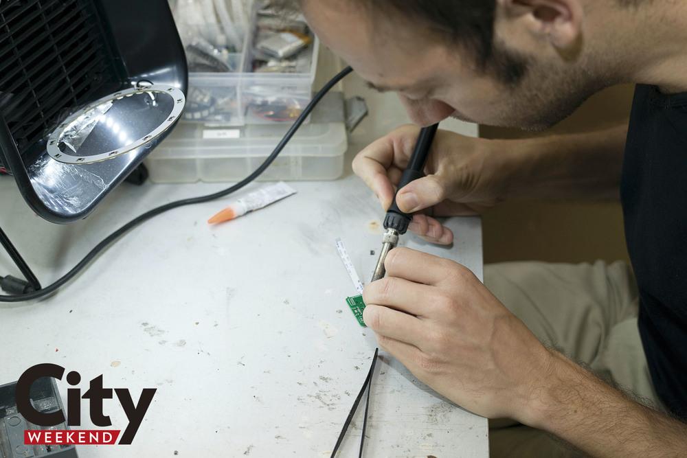 Lionello Lunesu solders a component for ELLA.